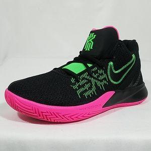 Nike Kyrie Flytrap 2 Basketball Shoes 10.5-11 Mens